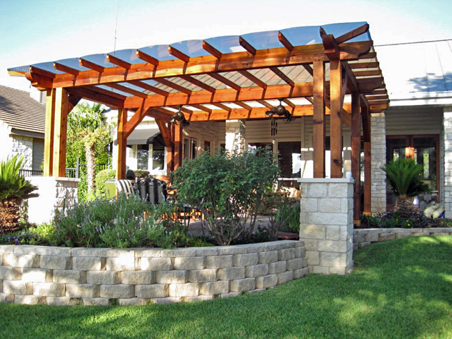 Stainless steel gate pergola with polycarbonate roofing for Pergola designs